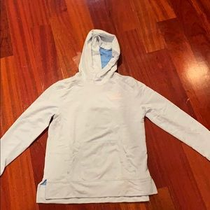 Gurls vineyard vines sweatshirt
